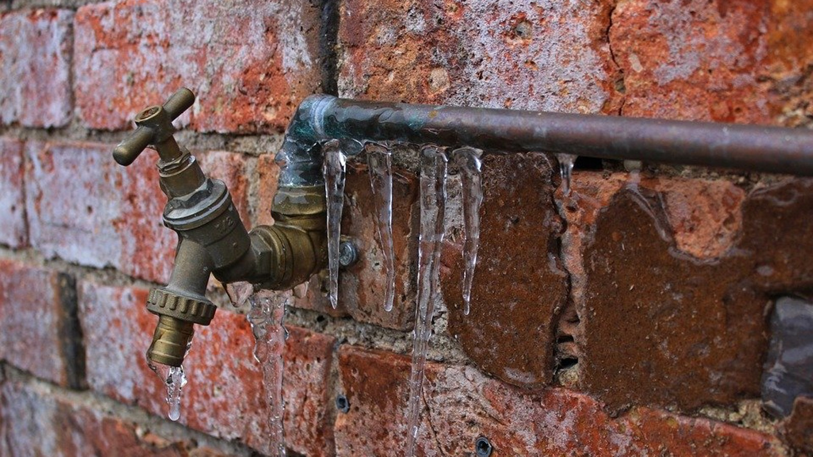 frozen pipe and tap